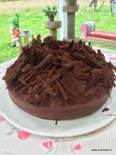 LePrésident, gâteau mythique, spécialité de la maison Bernachon à Lyon fût créé en 1975 à l'occasion du dîner donné en l'honneur de la remise de la légion d'honneur à Paul…