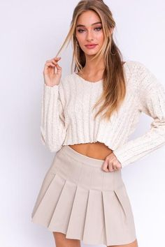 Cropped Popcorn Sweater 55% Cotton 29% Polyester 15% Nylon 1% Wool V Neck Long Sleeve Cropped Pull Over In Stock Cropped Sweater, Becca, Skater Skirt, Popcorn, Mini Skirts, V Neck, Boutique, Wool, Long Sleeve