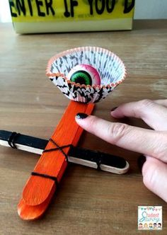 Eyeball Catapult - Halloween / October STEM Challenges! Students will love these crafty science activities! Halloween Class Party, Halloween Science, Halloween Crafts For Toddlers, Halloween Activities, Stem Activities, Toddler Crafts, Halloween Ideas, Preschool Halloween, Toddler Games