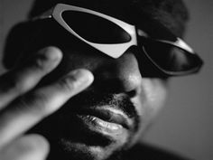 """A Quinta Edição do programa de web-radio """"Encontros Poéticos"""" do Poeta Sérgio Vaz, que recebe a lenda do rap mundial Afrika Bambaataa. O programa acontece na terça, 23, às 20h, no Auditório do Ibirapuera."""