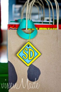 Scooby Doo Birthday Party Ideas - instead of the SD on the tag use the kids' (guests) initials
