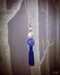 Diy Keychain, Keychains, Jewelry Crafts, Handmade Jewelry, Nuno, Kids Necklace, Clothespin Dolls, Kokeshi Dolls, Clothes Crafts