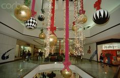mall christmas decor | Christmas Decorations at Shopping Mall - GS001552 - Rights Managed ...