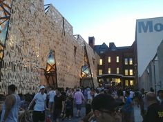 MoMA PS1 ! Warm Up Dance Party!