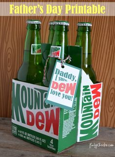 Father's Day Printable: Mountain Dew Tag For when Devin becomes a daddy. He loves mountain dew Food Gifts, Craft Gifts, Diy Gifts, Father's Day Gifts, Mountain Dew, Dandy, Father's Day Printable, Printable Labels, Free Printables