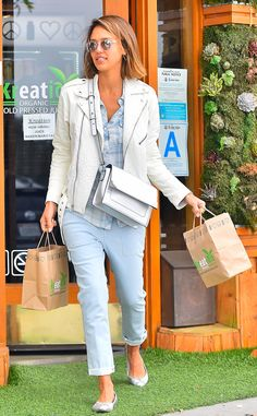 Crystal clear finishes and flash lenses are all the rage when it comes to sunnies! Check out Jessica Alba feeding the shady trend!