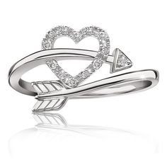 Diamond Rings : Heart Arrow Diamond Ring in Sterling Silver - Summer 2015 Diamond Promise Ring C. - Buy Me Diamond Cute Rings, Pretty Rings, Beautiful Rings, Cute Jewelry, Jewelry Accessories, Jewlery, Gold Jewellery, Silver Jewelry, Gold Engagement Rings