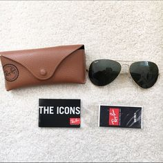 Ray Ban aviator classic sun glasses Excellent condition, black lenses Ray-Ban Accessories Sunglasses