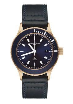 Bespoke luxury timepiece designed and handcrafted in Zurich by Maurice de Mauriac. Water resistant: 300 meters #luxurytimepiece #waterresistantwatch #luxurywatches #watchesformen #swissmadewatches