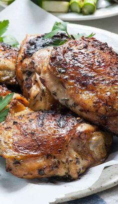 Simple Chicken Brine For Grilling Chicken Brine For Grilling, Brine For Chicken Wings, Simple Chicken Brine, Brined Chicken Recipe, Brine Recipe, Glazed Chicken, Smoked Chicken, Grilled Chicken Recipes, Chicken Flavors