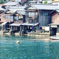 海に浮かぶ街!?京都府伊根町の町並み「舟屋」が美しい♡ - Locari(ロカリ)