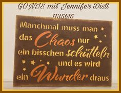 Die neue Herbstschablone ist ein Traum 😍 In Kombination mit Rostcreme, Glanzcreme und GoniDecor wird ein Schild zum Hingucker💞  #herbst #chaos #schablone #rostcreme #glanzcreme #gonidecor #schild #hingucker  www.jennifer.distl.gonis.at Berater ID: 1135615 Chalkboard Quotes, Art Quotes, Cover, Stencils, Shop Signs, Autumn, Blankets