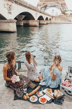 Босые светлые волосы во Франции # friends