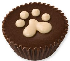 Our bakery-made version of peanut butter cups for dogs. Check out our website for more! Three Dog Bakery, Muffin, Breakfast, Desserts, Food, Tailgate Desserts, Meal, Dessert, Eten
