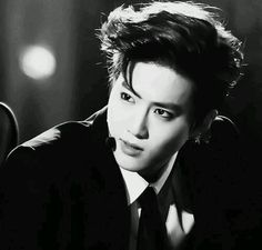 suho just gave me a nosebleed...