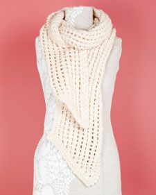 Quick Loom-Knit Lacy Scarf -- great for spring!