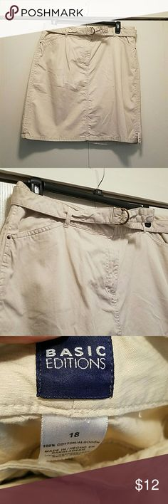 Khaki Midi Skirt GUC No damage No stains Waist 18 in Waist to hem 22 in Skirts Midi