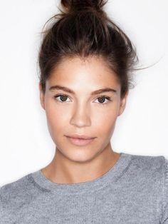 Mastering No-Makeup Makeup