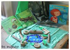 Frog pond natural play and learning table