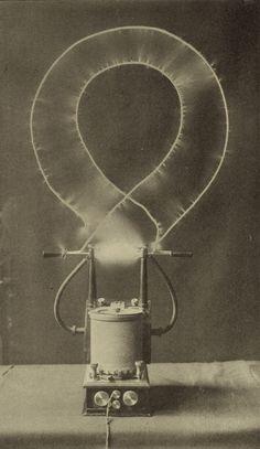 Electrical oscillator (Nikola Tesla) /  Sacred Geometry <3
