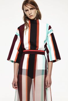 Marni Resort 2015 Fashion Show - Irina Liss Look Fashion, High Fashion, Fashion Show, Fashion Design, Stripes Fashion, Fashion Prints, Style Casual, My Style, Fru Fru