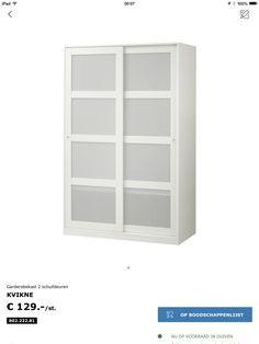 Hoge kledingkast, met 2 schuifdeuren. Bron: Ikea. Entryway Shoe Storage, Wardrobe Furniture, House Goals, Sliding Doors, Bathroom Medicine Cabinet, Shelving, Bookcase, Interior, Home Decor