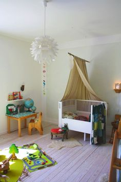 a beautiful waldorf inspired toddler room