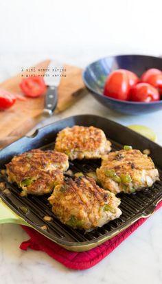 Paleo Chicken Fajita Burgers  #21dsd #chicken