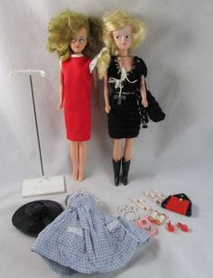 2 Tressy Fashion Dolls 2nd Issue Magic Make Up Dresses Stand Accessories 1960s #DollswithClothingAccessories