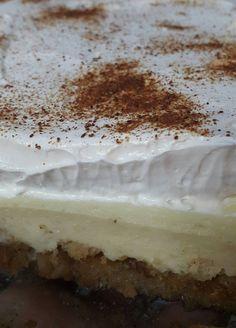 Φρυγανιά γλυκό Ζακύνθου - Daddy-Cool.gr Greek Sweets, Greek Desserts, Greek Recipes, Light Recipes, Canning Recipes, Cookbook Recipes, Dessert Recipes, Greek Cake, Low Calorie Cake