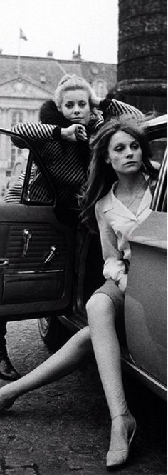 Catherine Deneuve and Françoise Dorléac in Paris