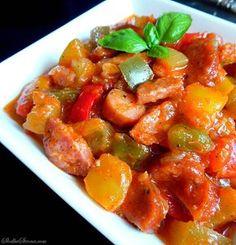 Leczo - Najlepszy Klasyczny Przepis - Słodka Strona Dinner Dishes, Dinner Recipes, Vegan Recipes, Cooking Recipes, Polish Recipes, Polish Food, Curry, Food And Drink, Lunch