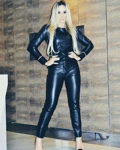Lederlady ❤ Tight Leather Pants, Leather Pants Outfit, Black Leather Dresses, Leather Gloves, Leather Catsuit, Latex Cosplay, Leather Fashion, Fall Outfits, Women
