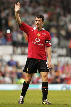 Demanding performance, of the time, Roy Keane was a player who many would typify as the perfect captain. Passionate, intense and driven are all words associated with a man who was instrumental in the club's successes in the and Manchester United Legends, Official Manchester United Website, Manchester United Players, Man Utd Squad, Man Utd Fc, Best Sports Quotes, Roy Keane, British Football, Sir Alex Ferguson