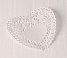 Paper doilies in the shape of a heart, in white color, for confectionary creations. You can also use it as a gift decoration. Paper Doilies, Paper Lace, Lace Heart, Crochet Earrings, Shapes, Crafty, Gifts, Random, Heart Shapes