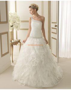 Speziale Einschulter Ball Brautkleider aus Organza 179 EXTRA   luna novias 2014