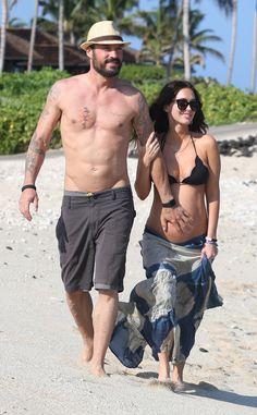 Pregnant Megan Fox and Brian Austin Green Enjoy a Beachy Babymoon in Hawaii | E! Online
