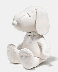 Coach X Peanuts Xxl Leather Snoopy Doll Cartoon Bag, Mickey Mouse Shirts, Peanuts, Stuffed Toys Patterns, Little Babies, Kylie, Dinosaur Stuffed Animal, Creations, Dolls
