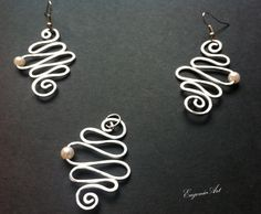 Aluminium silver wire set of earrings and pendant by EugenieArt, £15.00