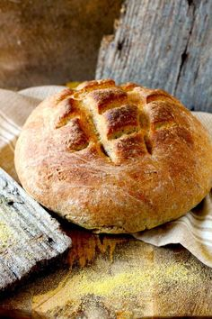 Bauernbrot, the German farmer-style bread is a full flavored, crusty and delicious hearty rye bread. Serve it a bit warm, just plain or with some butter and cheese, oh my! Perfect and homemade! German Rye Bread Recipe, Hearty Bread Recipe, Farmers Bread Recipe, Rye Bread Recipes, German Bread, Bread Machine Recipes, Baking Recipes, German Recipes, Sweets