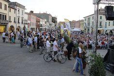 6 settembre, Festival della politica 2013   ore 19.00 Piazza Ferretto, il pubblico di Lucio Caracciolo, Angelo Panebianco, Renzo Guolo (15)