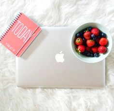 9 YouTube Channels That Will Make You Smarter | CAREER GIRL DAILY