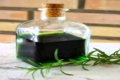 YOUR HEALTH: The use of alcohol rosemary and how to make your own Rosemary alcohol - Pinned by The Mystic's Emporium on Etsy Quilt Pattern we are using. Natural Home Remedies, Herbal Remedies, Health Remedies, Healing Herbs, Medicinal Herbs, Natural Medicine, Herbal Medicine, Esential Oils, Alcohol Detox