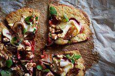 Blomkålspizza med Castello Hvit, rødbeter og valnøtter