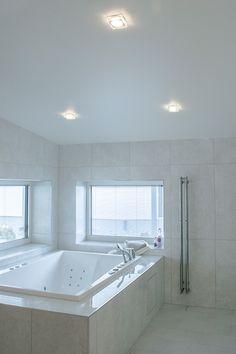 Helmi LED-luminaires are ideal for general lighting. These luminaires create a beautiful glow for example to the bathroom! Helmi LED-valaisimet sopivat yleisvalaistukseen. Nämä läpinäkyvät valaisimet luovat kauniin valaistuksen myös esimerkiksi kylpyhuoneeseen!