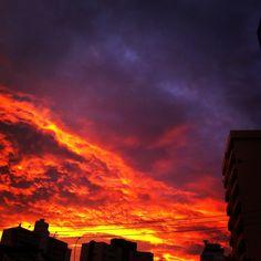 Fogo no Céu - @LeandRovaris