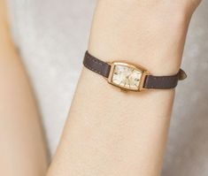 Vintage Watches Collection for women : Retro womens watch gold plated Rectangular watch Ray Feminine watch minimalist Jewelry wristwatch lady gift small New luxury leather strap Vintage Watches Women, Ladies Watches, Minimalist Jewelry, Small Gifts, Luxury Watches, Gold Watch, Gifts For Women, Retro, Leather
