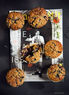 White Plate: Muffiny z jagodami i mleczną czekoladą