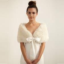 Bride fur cape