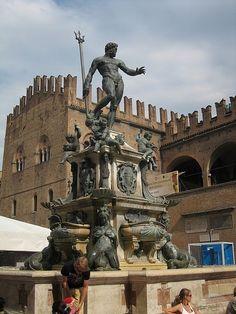 Bologna.(Italia)  Statua del Nettuno - Giambologna